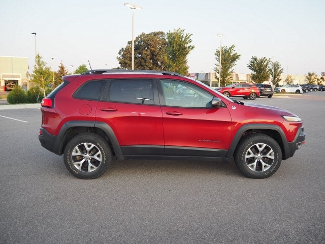 Used 2017 Jeep Cherokee Trailhawk with VIN 1C4PJMBS0HW609776 for sale in Mankato, Minnesota