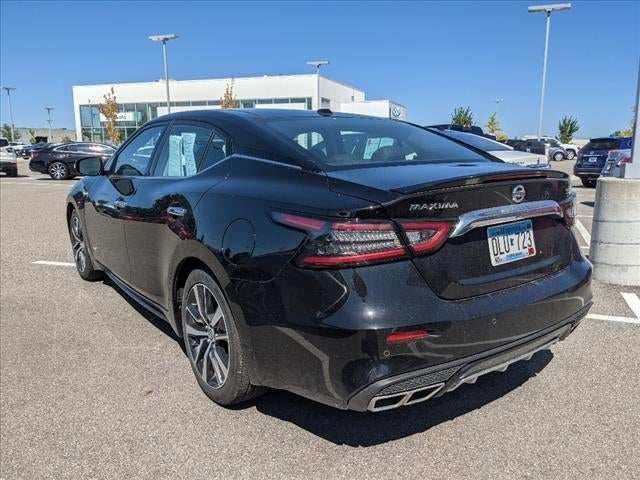 Used 2019 Nissan Maxima SL with VIN 1N4AA6AVXKC373925 for sale in Mankato, Minnesota