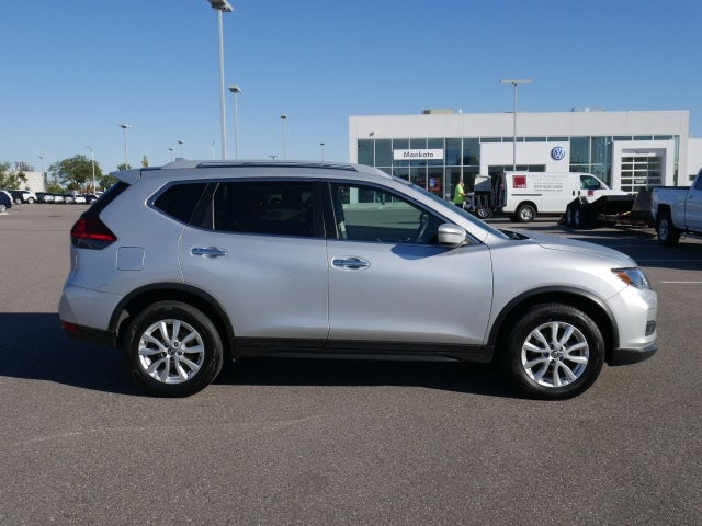 Used 2017 Nissan Rogue SV with VIN 5N1AT2MV9HC846517 for sale in Mankato, Minnesota