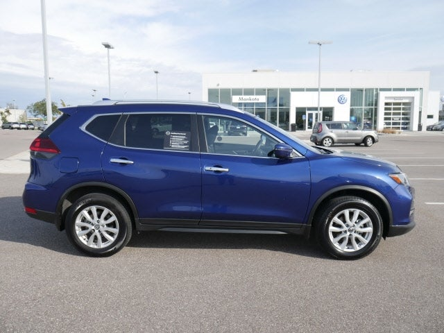 Used 2020 Nissan Rogue SV with VIN JN8AT2MV0LW140939 for sale in Mankato, Minnesota
